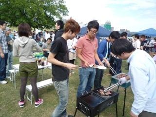 肉を焼く人_4.JPG